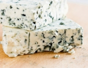 migraines-food-triggers-gallery-blue-cheese-320.jpg