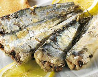 high-cholesterol-foods-that-lower-cholesterol-gallery-roasted-sardines-320.jpg